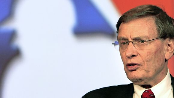 Bud Selig lifts ban on drugs.